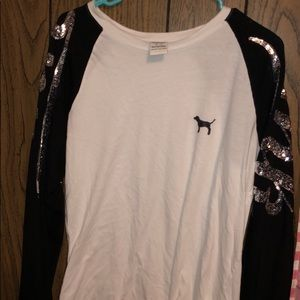 Pink black and white shimmery long sleeve!!
